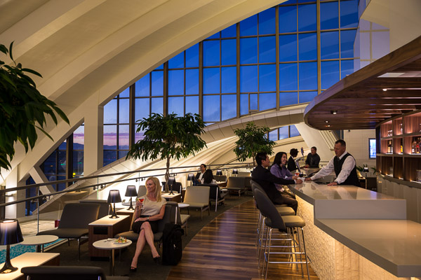 Los Angeles Star Alliance Lounge Indoor Bar