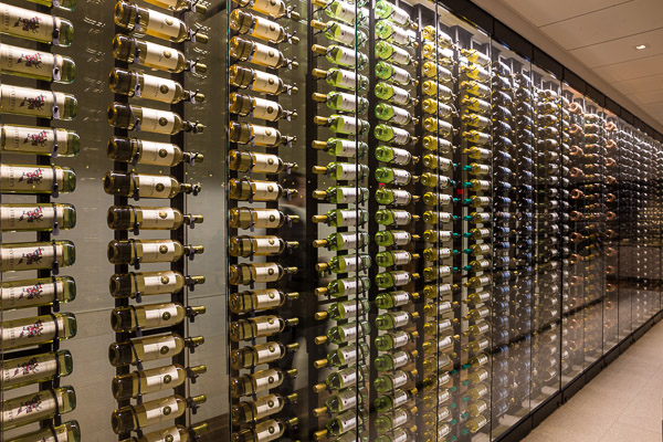 Star Alliance Lounge Los Angeles WIne Wall